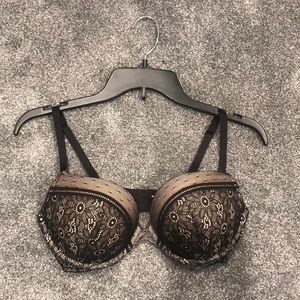 Victoria's secret very sexy push up bra